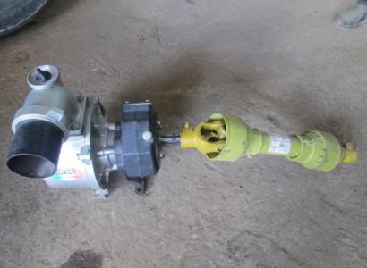 НАВЕСНОЕ ОБОРУДОВАНИЕ помпа, насос для перекачки воды Boxer PTOW-4 Water Pump